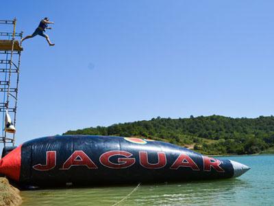 Jaguar Blomb Jump � ����