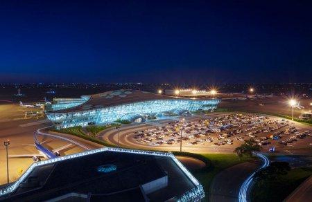 Аэропорт Гейдар Алиев обслужил больше 3 миллионов пассажиров