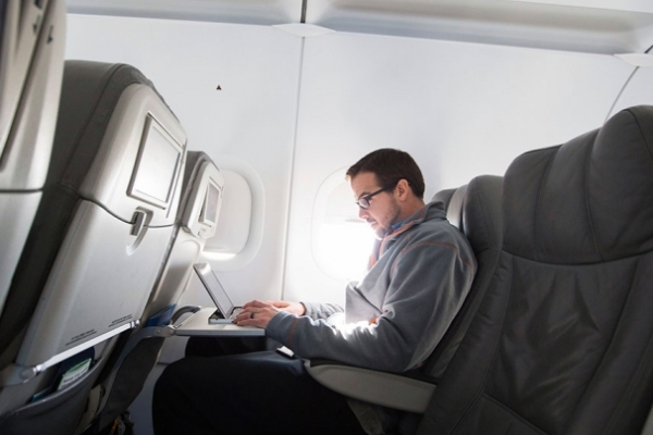 Лондон частично снял запрет на рейсах из Стамбула