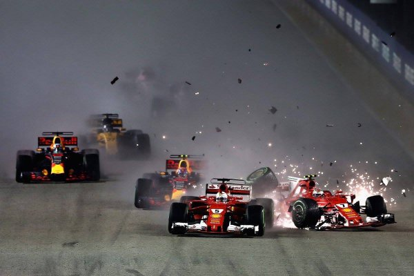 Жуткая авария на старте Гран-при Сингапура, которая может решить судьбу чемпионата