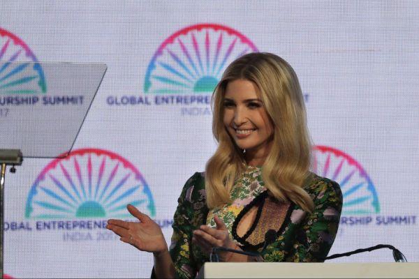 Иванка Трамп рассказала в Индии об изобретении 15-летней азербайджанки