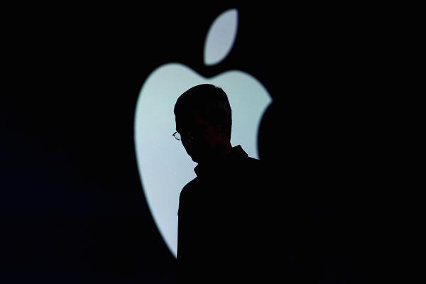 Жители США подают иски против Apple, намеренно замедляющей старые iPhone