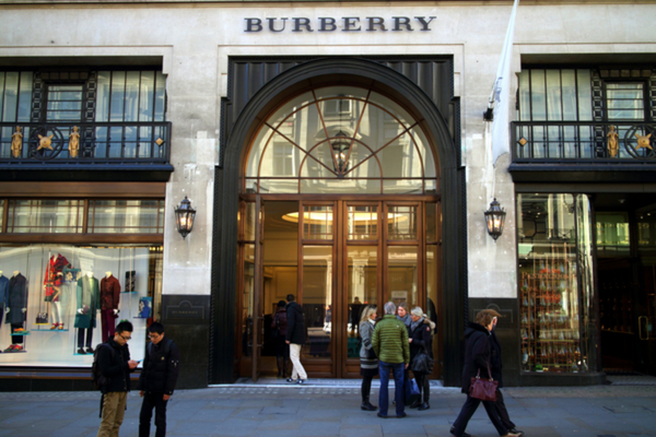 Burberry сожгла товары на 28 млн фунтов стерлингов