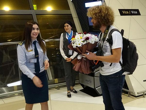 «Произошла чудовищная ошибка»: Варламов о поездке в Баку