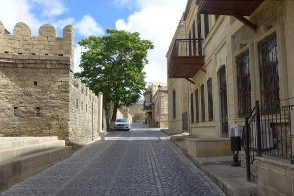 «Путешествие» в Баку XIX века [ВИДЕО]