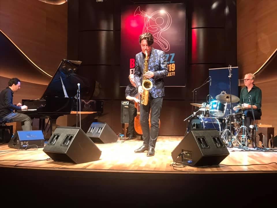 В Баку выступил квартет голландского саксофониста Юрия Хонинга